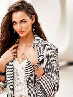 Montre femme Elixa design cuir noir bracelet double