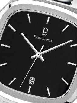 Zoom sur le cadran noir et aiguilles blanches, de la montre homme Pierre Lannier, Contraste 262J131