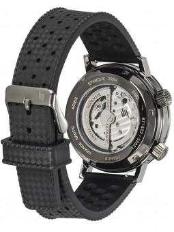 Montre Lip Nautic Ski sport automatique 671522 pour homme accompagnee de deux bracelets noirs : en silicone et en cuir