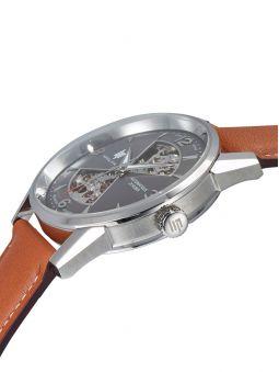 Vue plongeante sur la montre homme LIP HIMALAYA coeur battant automatique 671572